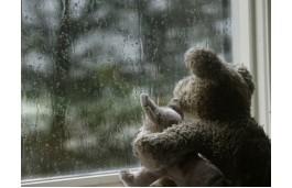 В Магнитогорске второй за сутки ребенок выпал из окна. Малыш погиб